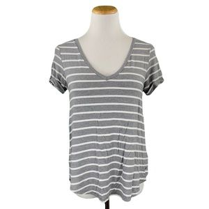 American Eagle Soft & Sexy Gray & White Striped Short Cuffed Sleeve V-Neck Tee